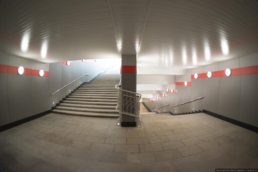 Фишай позволяет оценить размер лестницы: семь пролётов