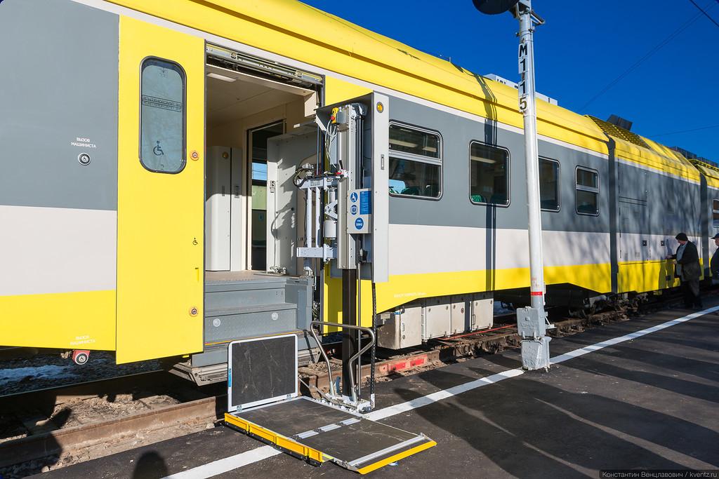 Обязательный элемент современного поезда —наличие подъёмника