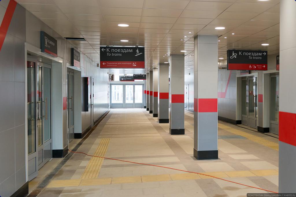 Два вестибюля выходят в один подземный переход